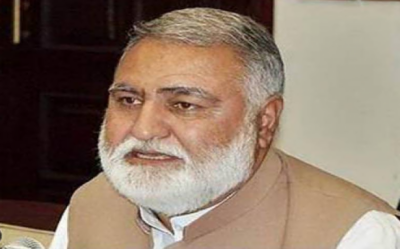 نیب نے سابق وفاقی وزیر اکرم درانی کے خلاف ایک اور کیس کھول دیا