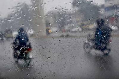 پنجاب کے مختلف شہروں میں تیز ہوا اور بارش
