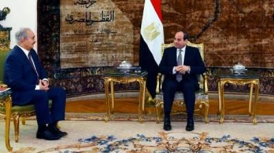 مصری صدر سے خلیفہ حفترکی ملاقات، لیبیا میں دہشت گردی مخالف کارروائی کی حمایت کا اعادہ
