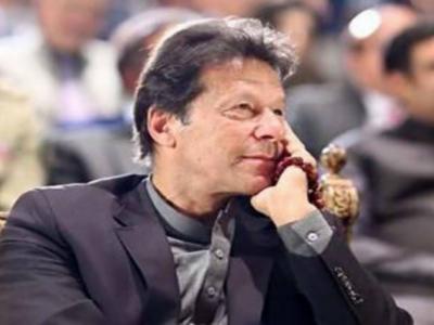 خواہش ہے اسد عمر دوبارہ کابینہ میں آئیں، وزیراعظم عمران خان کی زیر صدارت اجلاس کی اندرونی کہانی