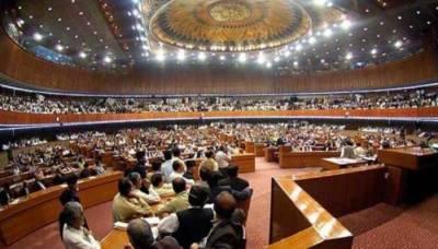قومی اسمبلی میں وزیراعظم کے بیان کی گونج: حکومت اور اپوزیشن اراکین کا ہنگامہ