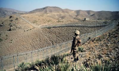 وزیرستان میں سرحد پار باڑ لگانے والی پاک فوج کی ٹیم پر دہشت گردوں کا حملہ، 3جوان شہید 7زخمی