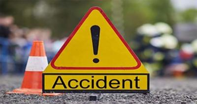 مورو کے قریب تیز رفتار کوچ الٹنے سے 3 افراد جاں بحق، 20 زخمی