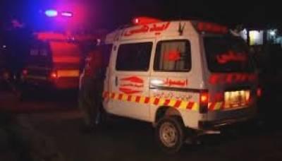 جہلم: جی ٹی روڈ پر مسافر وین میں آگ لگنے سے 8 مسافر جھلس کر جاں بحق ہو گئے،4 افراد جھلس کر شدید زخمی ہو گئے۔