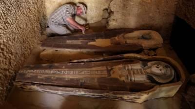 اہرام مصر کے قریب ہزاروں سال پرانا مقبرہ دریافت