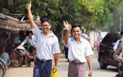 روہنگیا قتل عام پر رپورٹ کرنے والے روئٹرز کے دونوں صحافی رہا