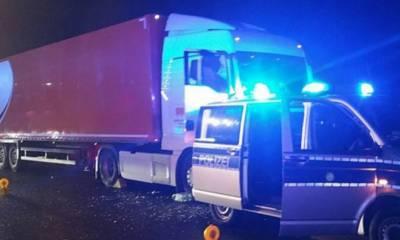 گاڑی چلاتے ٹرک ڈرائیور کا انتقال، دوسرے ڈرائیور نے بڑے حادثے سے بچالیا