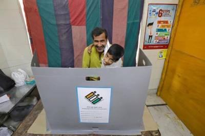 بھارت: انتخابات کے چھٹے مرحلے کے تحت رائے شماری کاعمل