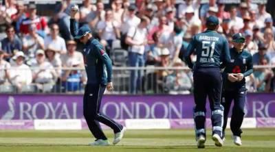 برسٹل:انگلینڈ نے پاکستان کو چھ وکٹوں سے ہرادیا