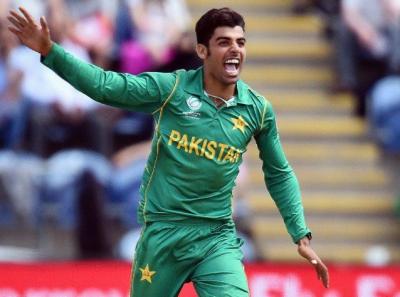 شاداب خان آئی سی سی کرکٹ ورلڈ کپ کے ٹاپ 14 خطرناک اسپنرز میں شامل
