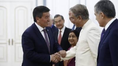 شاہ محمودکی ایس سی اووزرائےخارجہ کےہمراہ کرغزستان کےصدرسےملاقات