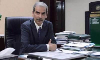 حفیظ شیخ سے اختلافات' یونس ڈھاگا فارغ، نوید کامران بلوچ سیکریٹری خزانہ تعینات