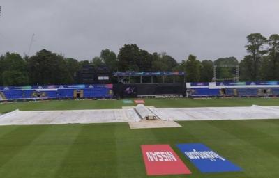 پاکستان اور بنگلہ دیش کے درمیان ورلڈ کپ کا وارم اپ میچ بارش کی وجہ سے منسوخ کردیا گیا