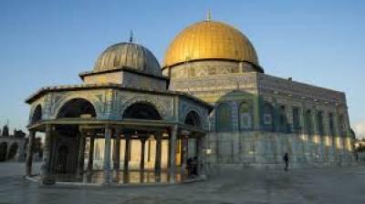 اسرائیلی فوج نے مسجد اقصیٰ میں روزہ داروں اور نمازیوں کا گھیراﺅ کرلیا
