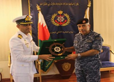 ریجنل میری ٹائم سکیورٹی پٹرول تعیناتی کے ضمن میں پاک بحریہ کے جہاز پی این ایس خیبر کا بحرین کی بندرگاہ میناسلمان کا دورہ