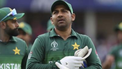 ویسٹ اندیز سے شکست: پی سی بی کپتان سرفراز احمد کی حمایت میں سامنے آ گیا
