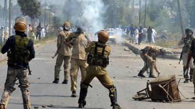 بھارتی فوج کی ریاستی دہشت گردی کی جاری کارروائیاں ،رمضان المبارک کے دوران نوعمر لڑکے سمیت چونتیس کشمیریوں کو شہید کیا