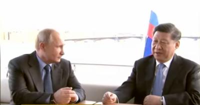 روسی صدر پیوٹن کی چینی صدر شی جن پنگ کیساتھ دریائے نیوا کی سیر