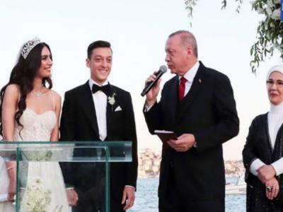 ترک صدر جرمن فٹ بالر کے شہ بالا اور شادی کے گواہ بن گئے