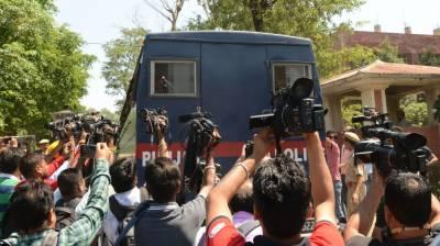 بھارتی عدالت نے مسلمان بچی سے زیادتی اور قتل میں ملوث 6 ہندوؤں کو سزا سنادی۔