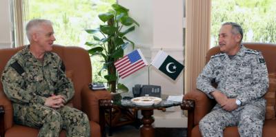 کمانڈر یو ایس نیوسینٹ (US NAVCENT)کی پاک بحریہ کے سربراہ سے ملاقات.