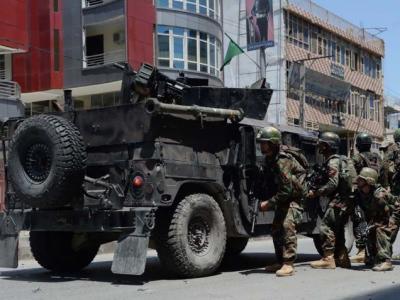 افغان پولیس کی گاڑی پر خود کش حملہ 9 ہلاک ،کئی زخمی