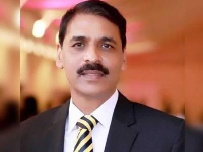 ورلڈ کپ ٹاکرا؛ ترجمان پاک فوج کا بھارتی صحافی کو کرارا جواب