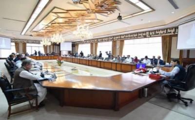 بجٹ ہم منظور کرالیں گے، کابینہ ارکان کسی بلیک میلنگ میں نہ آئیں: وزیراعظم عمران خان