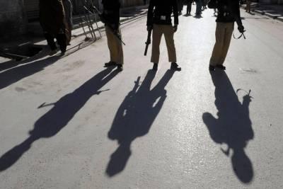 کراچی:ناردرن بائی پاس کے قریب مقابلے میں القاعدہ کراچی کا رہنما2ساتھیوں سمیت مارا گیا