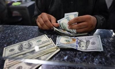 انٹر بینک میں ڈالر 55 پیسے سستا، 163روپے 50 پیسے پر آ گیا