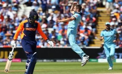 انگلینڈ نے ناقابل شکست بھارت کو 31 رنز سے پچھاڑ دیا