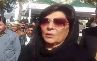 وزیراعظم عمران خان کی ہمشیرہ علیمہ خان سیلابی ریلے کے باعث پھنس گئیں