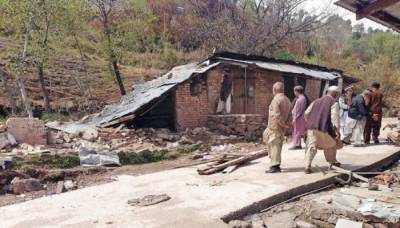سوات: مکان پر پہاڑی تودہ گرنے سے ماں اور 4 بچوں سمیت 6 افراد جاں بحق