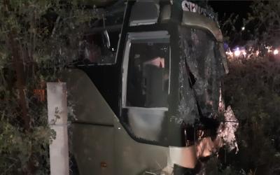 حسن ابدال:براہمہ انٹر چینج کے قریب مسافر بس الٹ گئی، 11 افراد جاں بحق