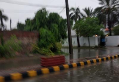 لاہور سمیت پنجاب بھر میں موسلا دھار بارش سے موسم خوشگوار