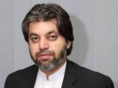 خلیفہ وقت سے سوال ہوسکتا ہے تو پھر حکمران کیا ہیں؟نواز شریف کے عمرے کا خرچ بھی عوام نے دیا: علی محمد خان
