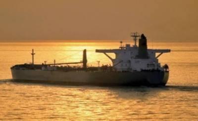 سعودی عرب سے ادھار تیل کی فراہمی کا آغاز، پہلا بحری جہاز کراچی پہنچ گیا