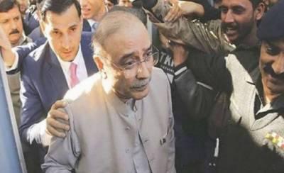 حکومت حفیظ شیخ کو بھی جیل میں ڈالے اور پوچھے اربوں روپے کہاں گئے: زرداری