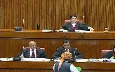 پارلیمنٹ ہاؤس میں چیئرمین سینیٹ صادق سنجرانی کے خلاف عدم اعتماد کی تحریک پر ووٹنگ کا عمل شروع