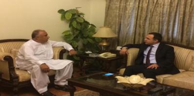 خیبرپختونخوا کے گورنر اور افغان سفیر کی دوطرفہ تعلقات پر بات چیت