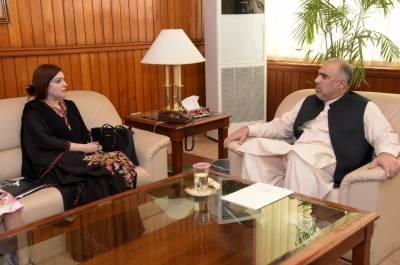 حریت رہنما یاسین ملک کی اہلیہ مشعال ملک کی سپیکر قومی اسمبلی سے ملاقات