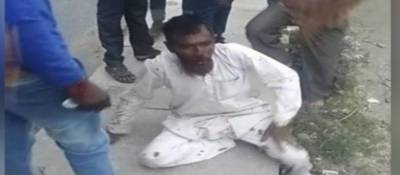 بھارت میں عدالت نے گائیں لے جاتے ہوئے ایک مسلمان پر دھاوا بول کر اسےقتل کرنے کے واقعے میں ملوث چھ افراد کو بری کردیا