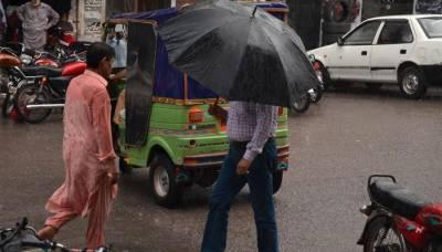 کراچی سمیت ملک کے مختلف شہروں میں آج اور کل تیز بارش کا امکان
