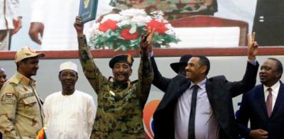 سوڈان میں کئی ہفتوں سے جاری مظاہرے ختم، فوج کے ساتھ سمجھوتا