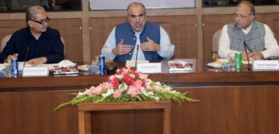 قومی سلامتی کے بارے میں پارلیمانی کمیٹی کامتفقہ طور پر کشمیریوں سے اظہار یکجہتی