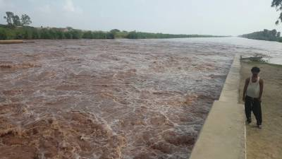 ہیڈ سلیمانکی کے مقام پر دریا کی سطح بلند ہونے سے متعدد بستیاں زیر آب آگئیں