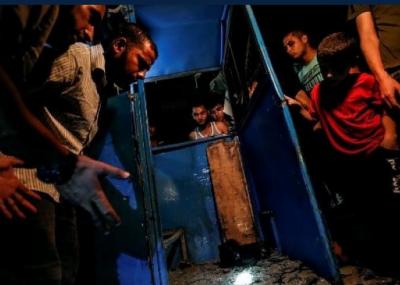غزہ شہر میں ایک دھماکے میں تین فلسطینی پولیس اہلکار شہید اور ایک شخص زخمی ہو گیا