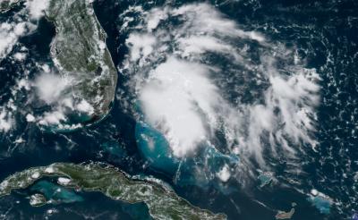 امریکا میں سمندری طوفان کا خطرہ، ایمرجنسی نافذ