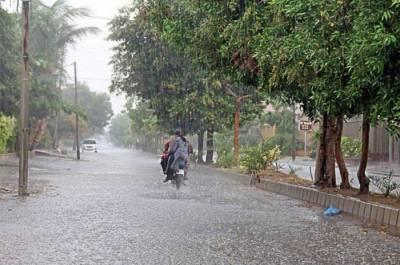 کراچی ، لاہور سمیت ملک کے بیشتر حصوں میں بارش کا امکان