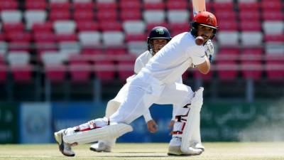 رحمت شاہ ٹیسٹ سنچری اسکور کرنے والے پہلے افغان کرکٹر بن گئے۔